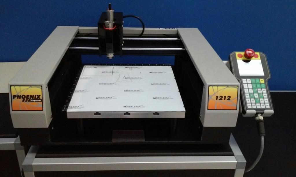 Phoenix 1212 Engraving Machine